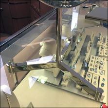 Mirror Tripod Amenity Square1