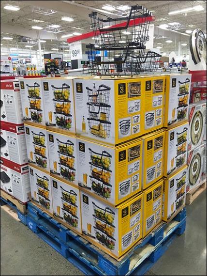 Wire Basket Pallet Merchandising 1