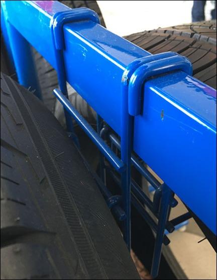 automotive-tire-saddle-mount-bar-hook-3