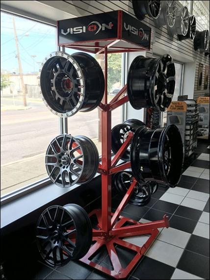 automotive-wheel-rim-tree-1