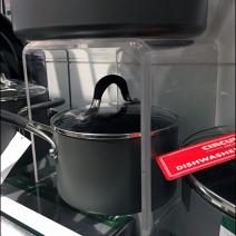 cookware-acylic-flyover-pedestal-4