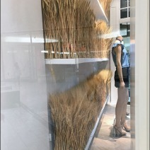 fall-sheeves-of-wheat-visual-merchandising-4