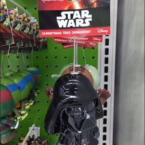 hallmark-christmas-ornament-star-wars-licensing