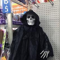 halloween-ghoul-twine-hang-1