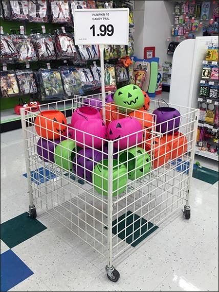 halloween-pumpkin-candy-carry-pail-bulk-bin-1