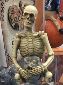 halloween-skeleton-shelf-sitting-2