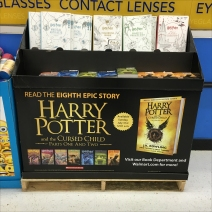harry-potter-cursed-child-half-size-display-1