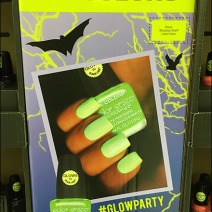 light-up-halloween-night-nail-polish-display-5