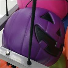 penultimate-pumpkin-pail-bulk-bin-closeup-square