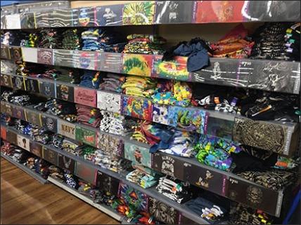t-shirt-mass-merchandising-1