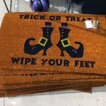 trick-or-treat-wipe-your-feet-welcome-mat-main