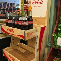 coca-cola-made-in-mexico-recylable-wood-rack-2