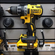 dewalt-drill-security-tether-on-slatwall-feature