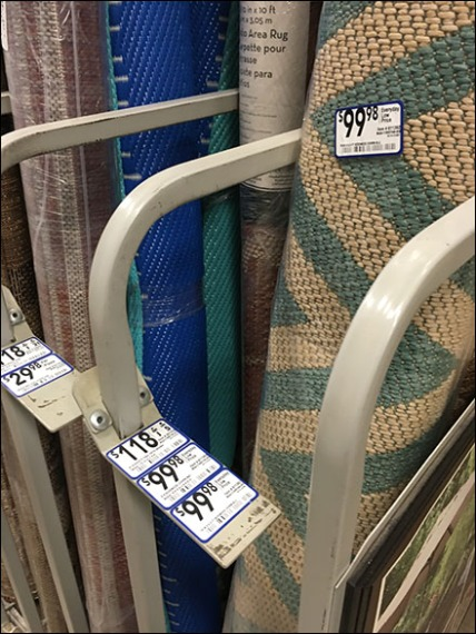 gated-divided-carpet-rack-3