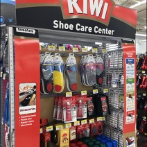 kiwi-shoe-care-center-endcap-2