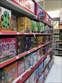 overhead-shelf-edge-game-aisle-flags-2
