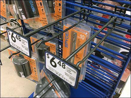 spyder-saw-blade-metal-plate-grid-scan-hooks