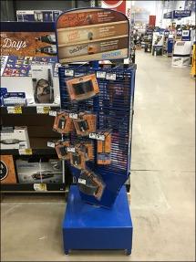 spyder-saw-blade-spinner-display-2